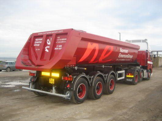 Chieftain Hardox Half pipe tipping trailer